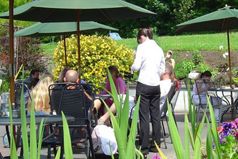 Outdoor dining Cawleys Hotel Tubbercurry
