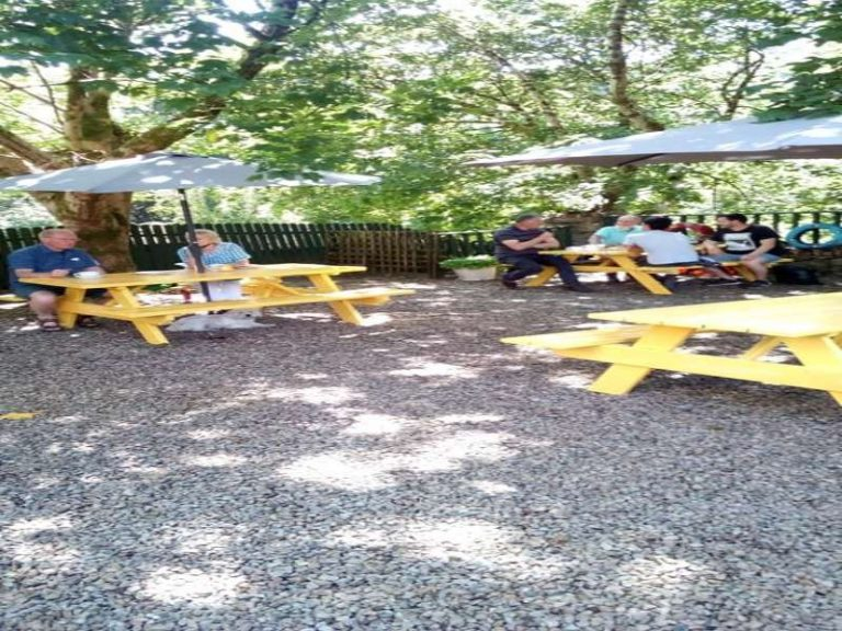 The Village TeaRooms Outdoor Dining 20212 768x576